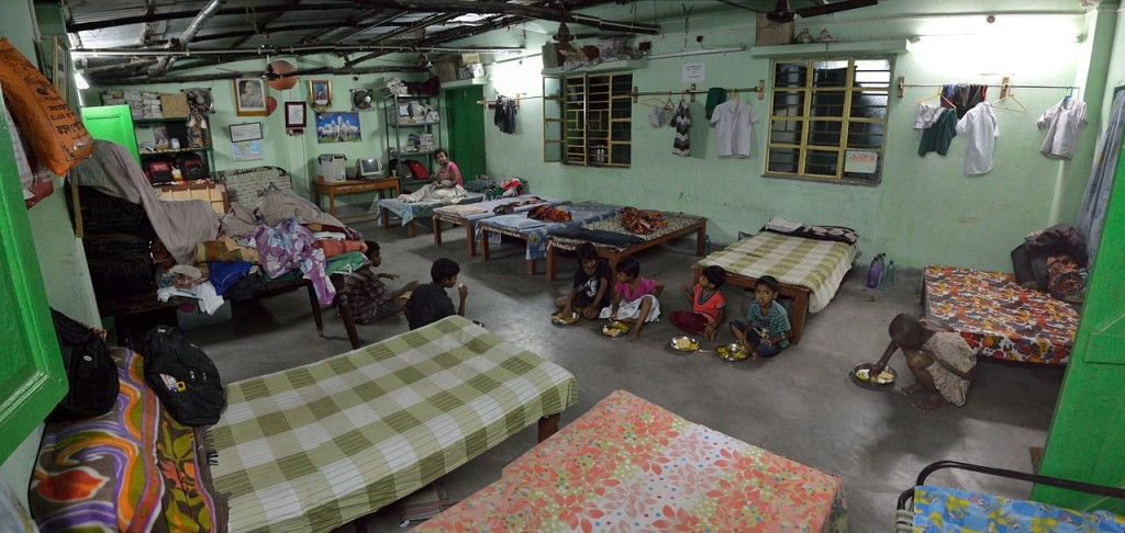 Living_Room_-_Debmalya_Seva_Mission_-_Orphanage_-_Howrah_2014-04-06_0021-0024